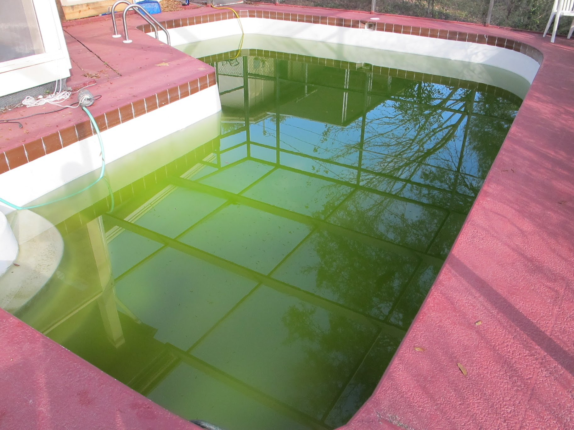 How To Clear Up Green Swimming Pool Water Pt. 1 - AWWA Water ...